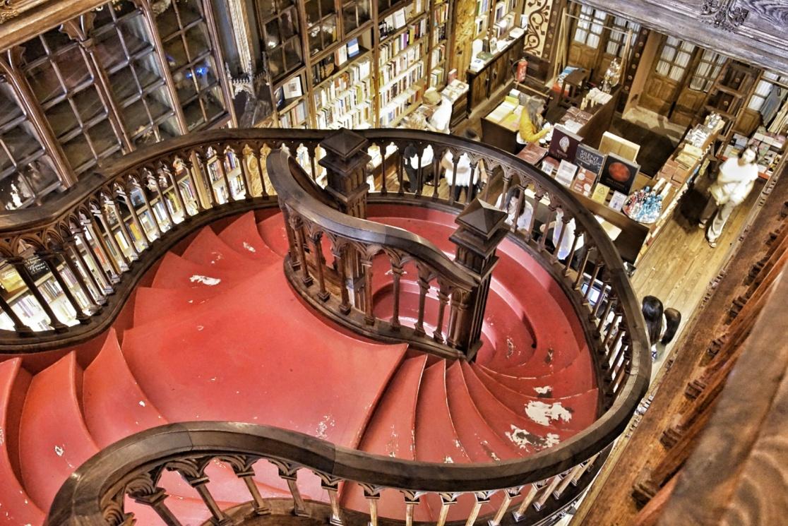 Treppe im Buchladen