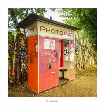 Photomat
