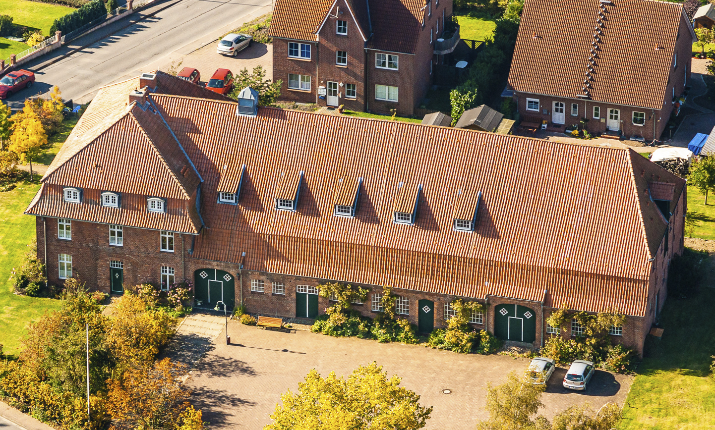 Ahrensbök Bürgerhaus Ernst-und-Elly-Prüß-Haus Ostholstein Luftfotos, Armin Redöhl, Luftbilder